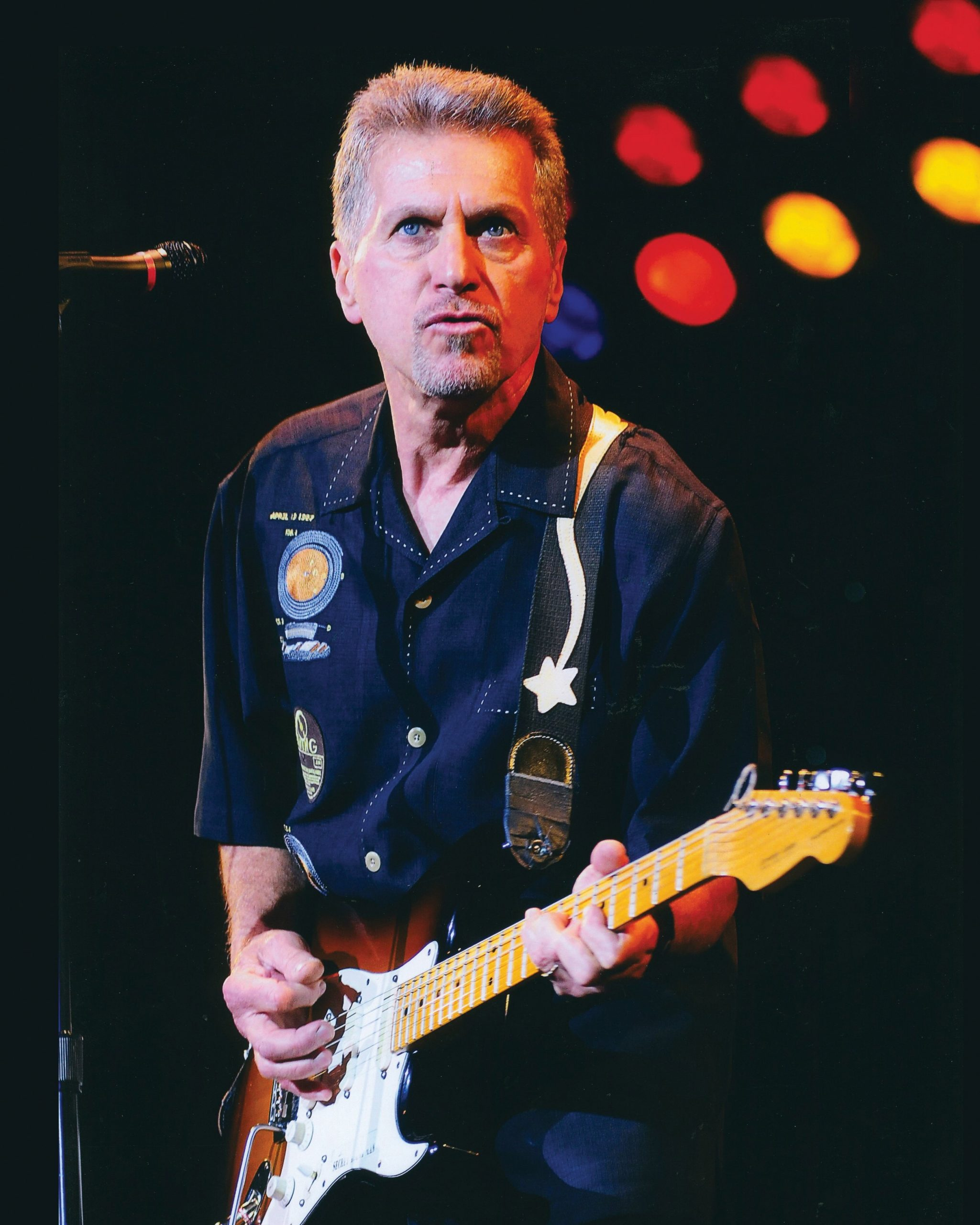 The 78-year old son of father (?) and mother(?) Johnny Rivers in 2021 photo. Johnny Rivers earned a  million dollar salary - leaving the net worth at  million in 2021